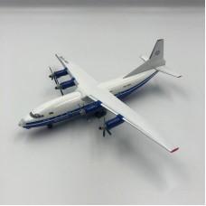 Модель самолёта АН-12 Мотор Сич (борт - UR-11316)