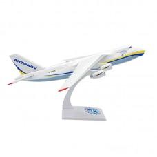 Модель самолёта Aн-124, масштаб 1:200