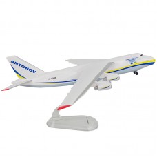 Модель самолёта Aн-124, масштаб 1:400